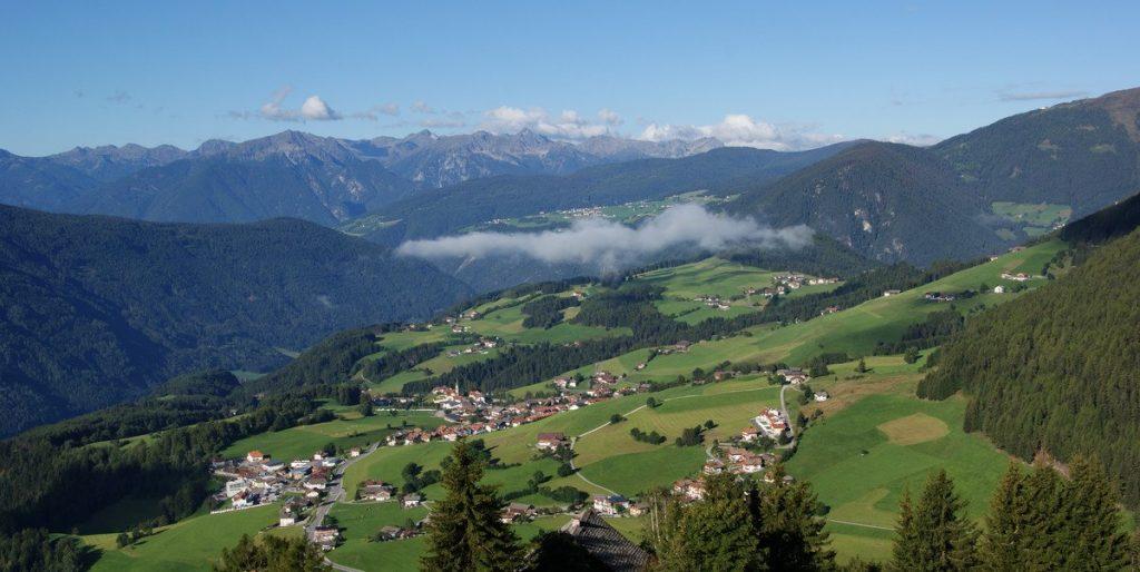 terenten-sommer-blick-schneeberg